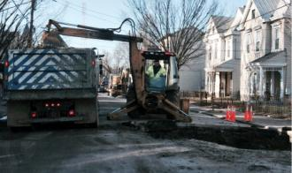 Louisville Water Crews Battle the Cold and Water